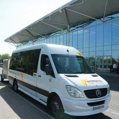Airport Transfer Bristol, Heathrow, gatwick, Stanstead, Cardiff Transport